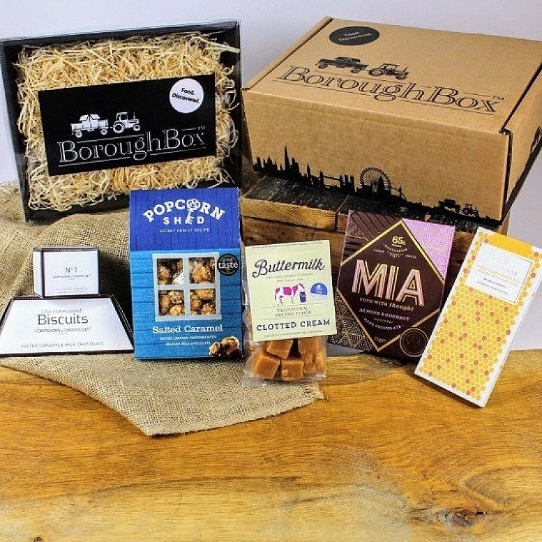 Artisan Sweet Treats Gift Hamper including Popcorn, Fudge, Chocolate and Biscuits £29.99!