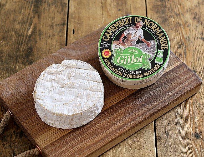 OFFER - Camembert de Normandie, Organic, Gillot (250g)