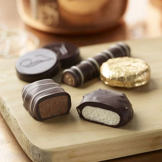 3 FOR £20.00 - Mint Collection Chocolate Box (282g)