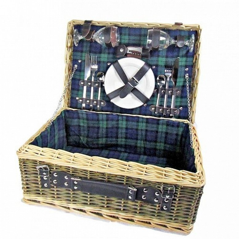 OFFER: Perfect for National Picnic Month - Deluxe Tartan Picnic Basket For Two!