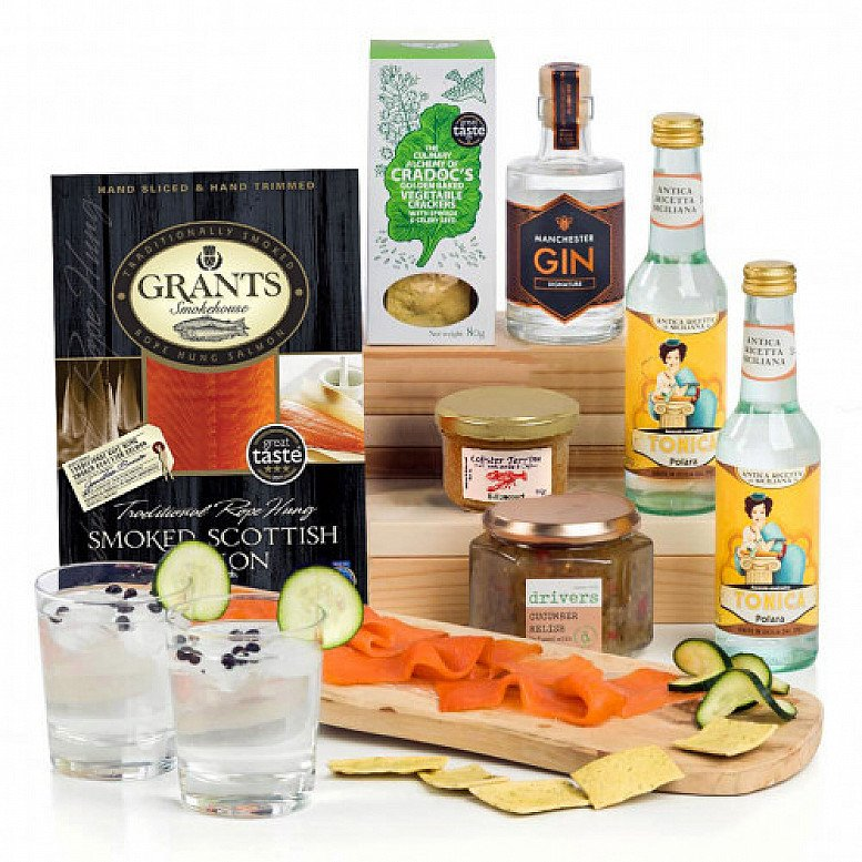 Perfect for National Picnic Month - Gin Thusiasm: £63.50!