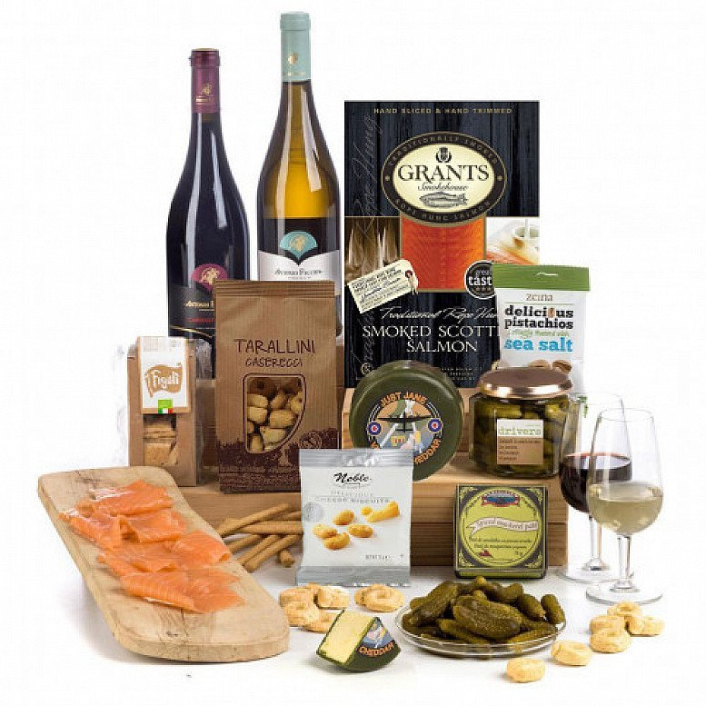 Perfect for National Picnic Month - Dinner Party: £65.00!