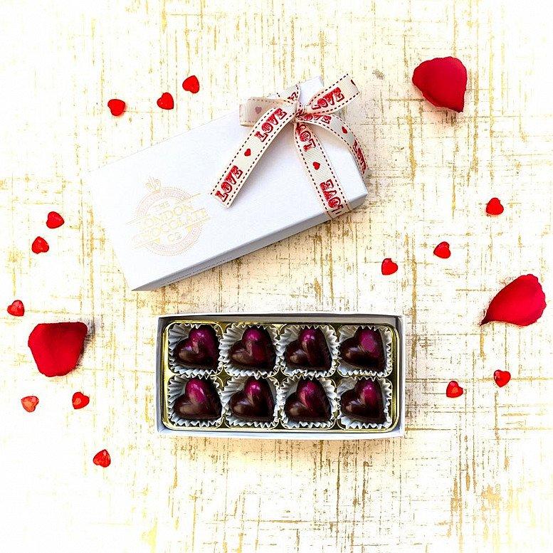 National Chocolate Day - VEGAN RASPBERRY CHOCOLATE HEARTS GIFT BOX