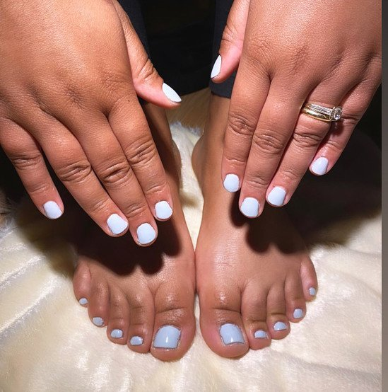 Save 10% with hands and toes gel polish