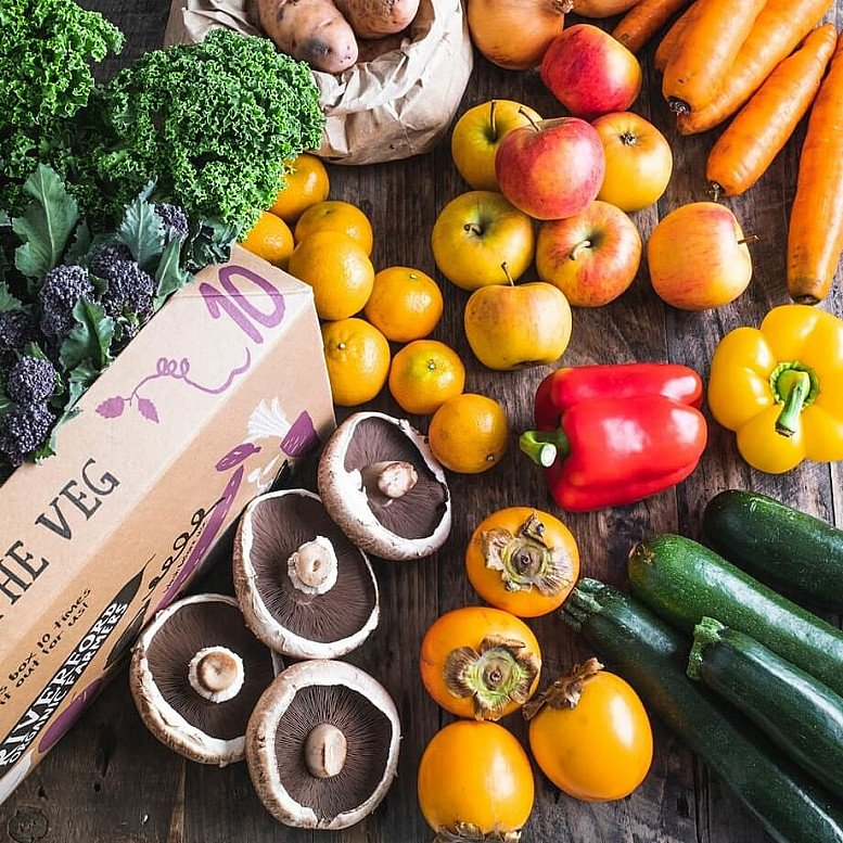 Organic Seasonal fruit & veg box, large: £23.55!