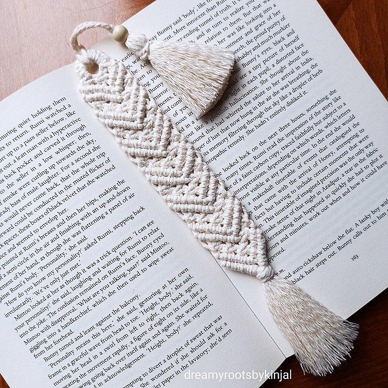 Macrame Bookmark, Bookmarks, Handmade, Ideal gift, Cotton Thread, Tassel - £8.99