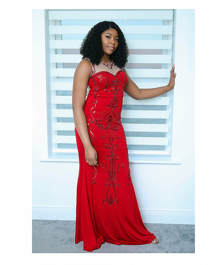 Lilly Seguin Luxe Evening Dress in Red