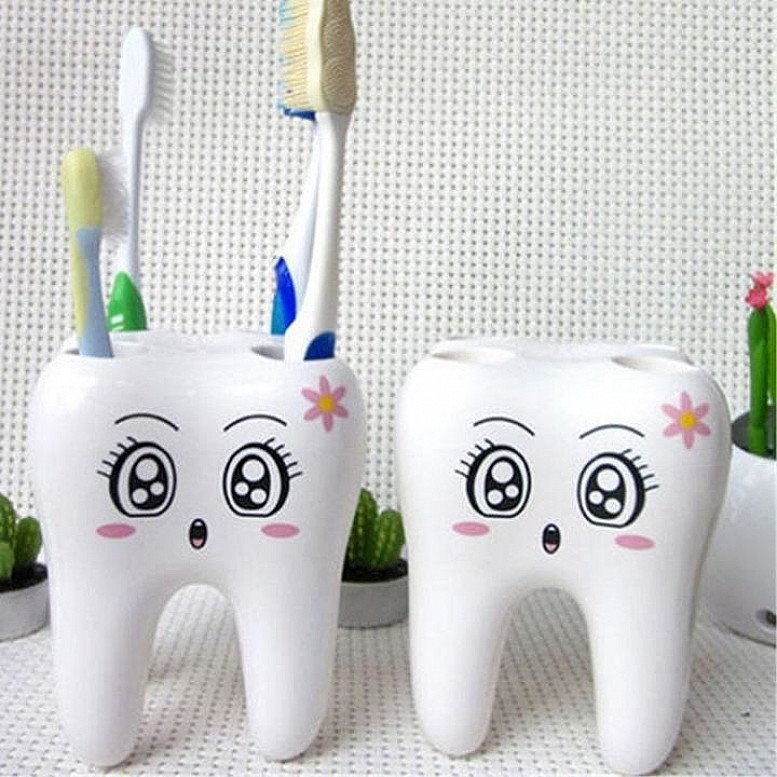 1 x Cute Tooth Smiley Face Toothbrush Holder (Toothbrushes not included) - £9.38!