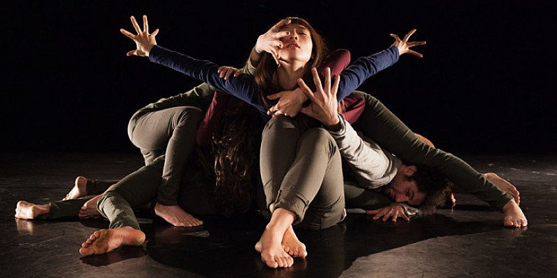 #JeSuis -  Aakash Odedra and his group of dancers