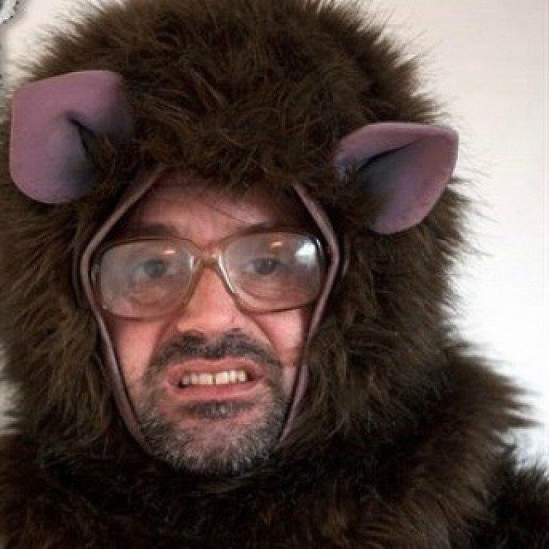 DAVID EARL IS BRIAN GITTINS: DON'T FEED THE MONKEY MAN