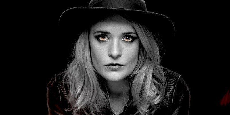 Elles Bailey: 'Rootsy Blues, Country & Soulful Rock'