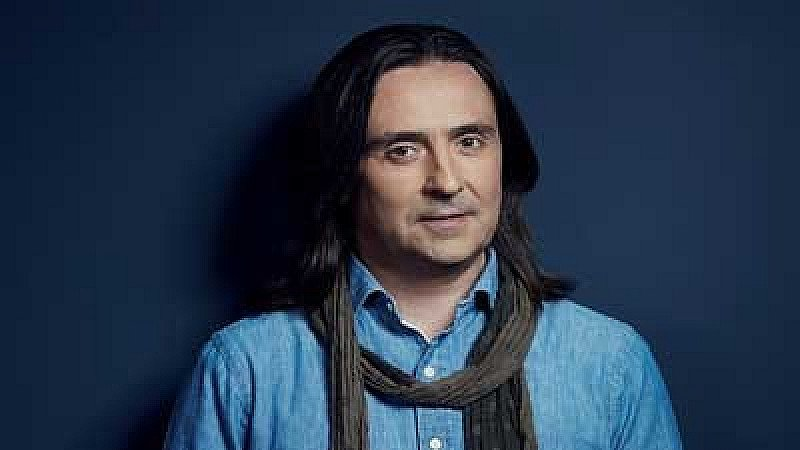 Neil Oliver - The Story of Britain in 100 Places