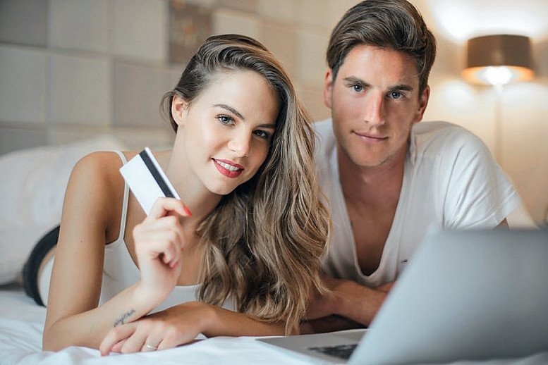 Are You Looking For a Job or An Online LIFESTYLE?