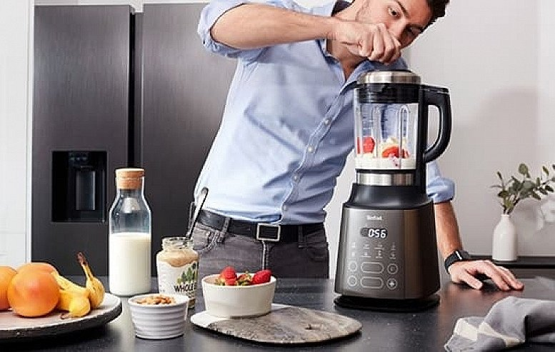We offer a range of tech to help your family stay healthy and happy, such as juicers and blenders...
