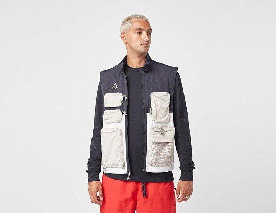 SAVE 31% - Nike ACG Vest!