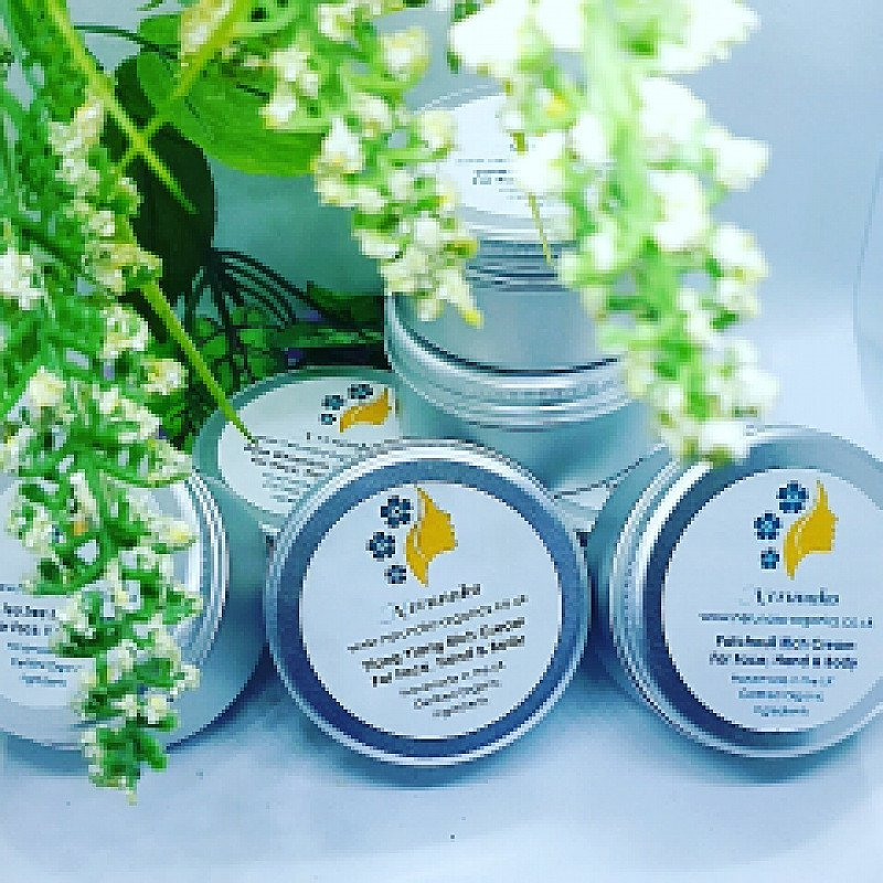 Glowing skin with organic products