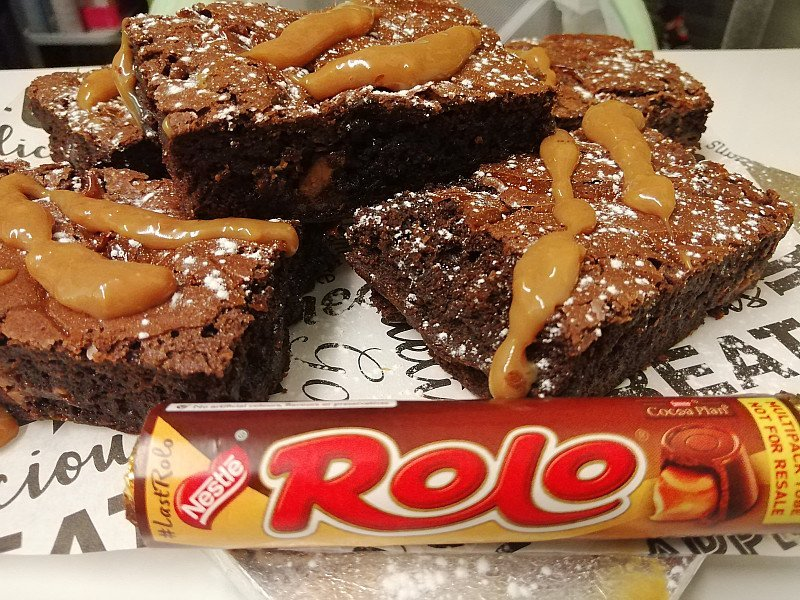 Save 10%, only on delicious Fresh Brownies / Fudge delights Delivered Uk Wide