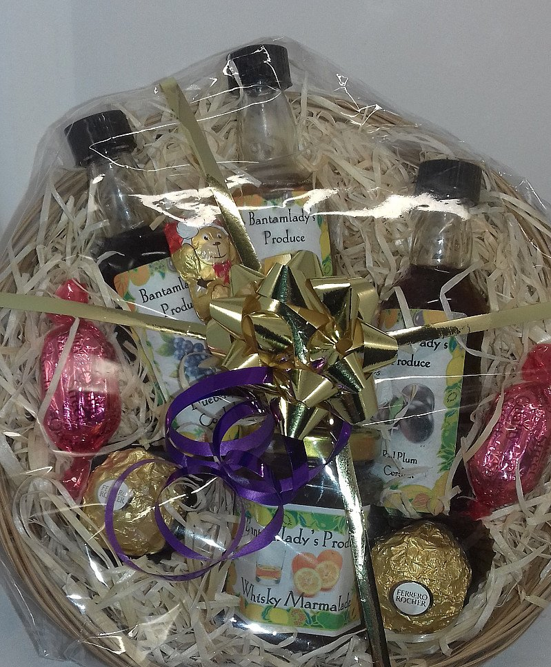 Organic jams, jellies, chutneys and cordials using fruit that is locally sourced