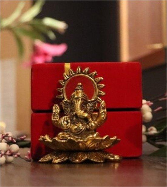 Lotus Ganesh 2 pieces 10% Off