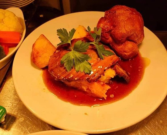 Super Sunday £12 Sunday lunch for 2