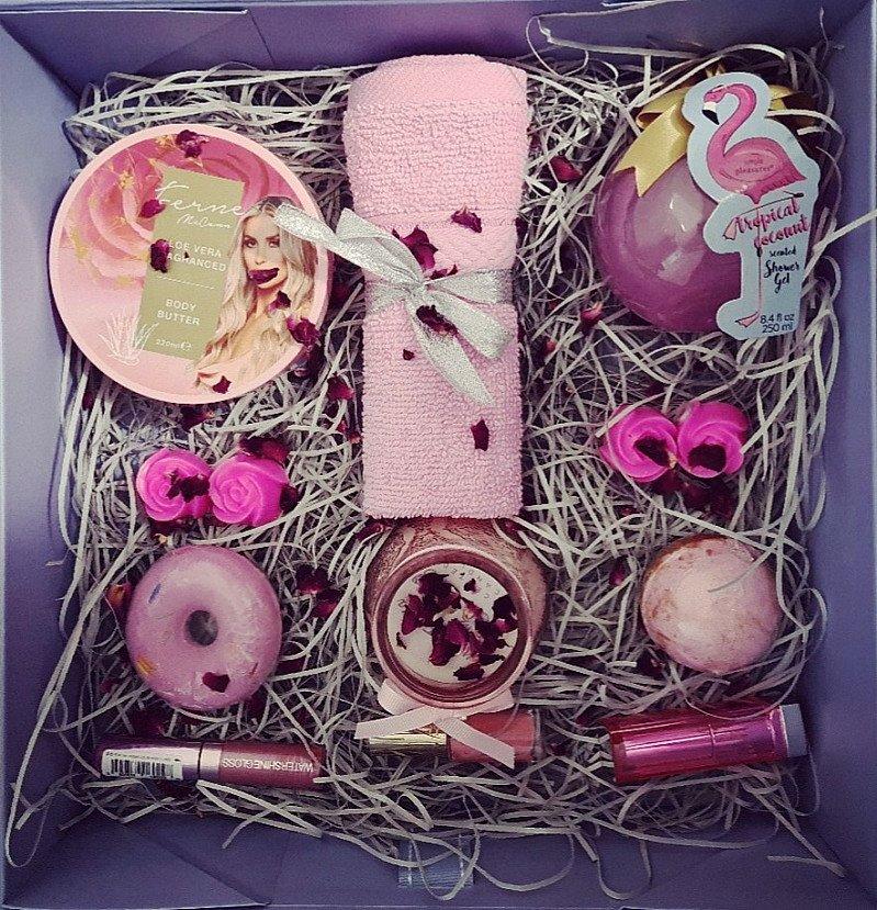Pink Spa Magnatic Ribbon Gift Set