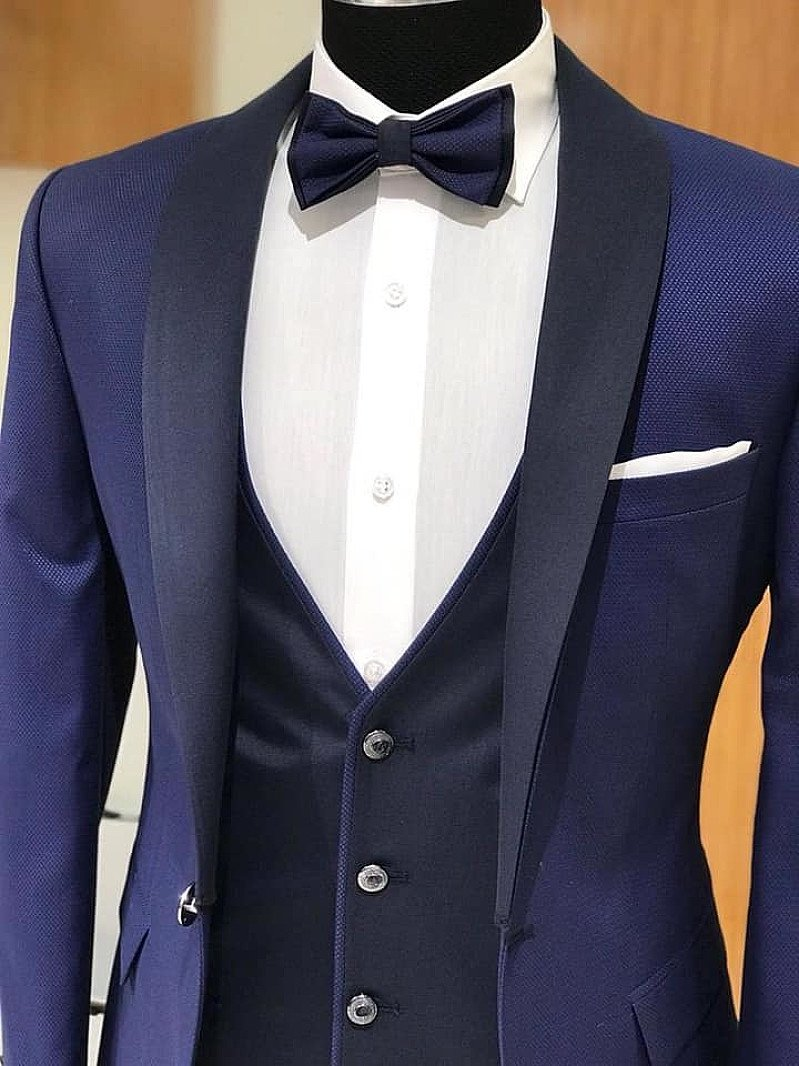 Introductory discount of 15% on bespoke hand made shirts, suits, jackets and overcoats