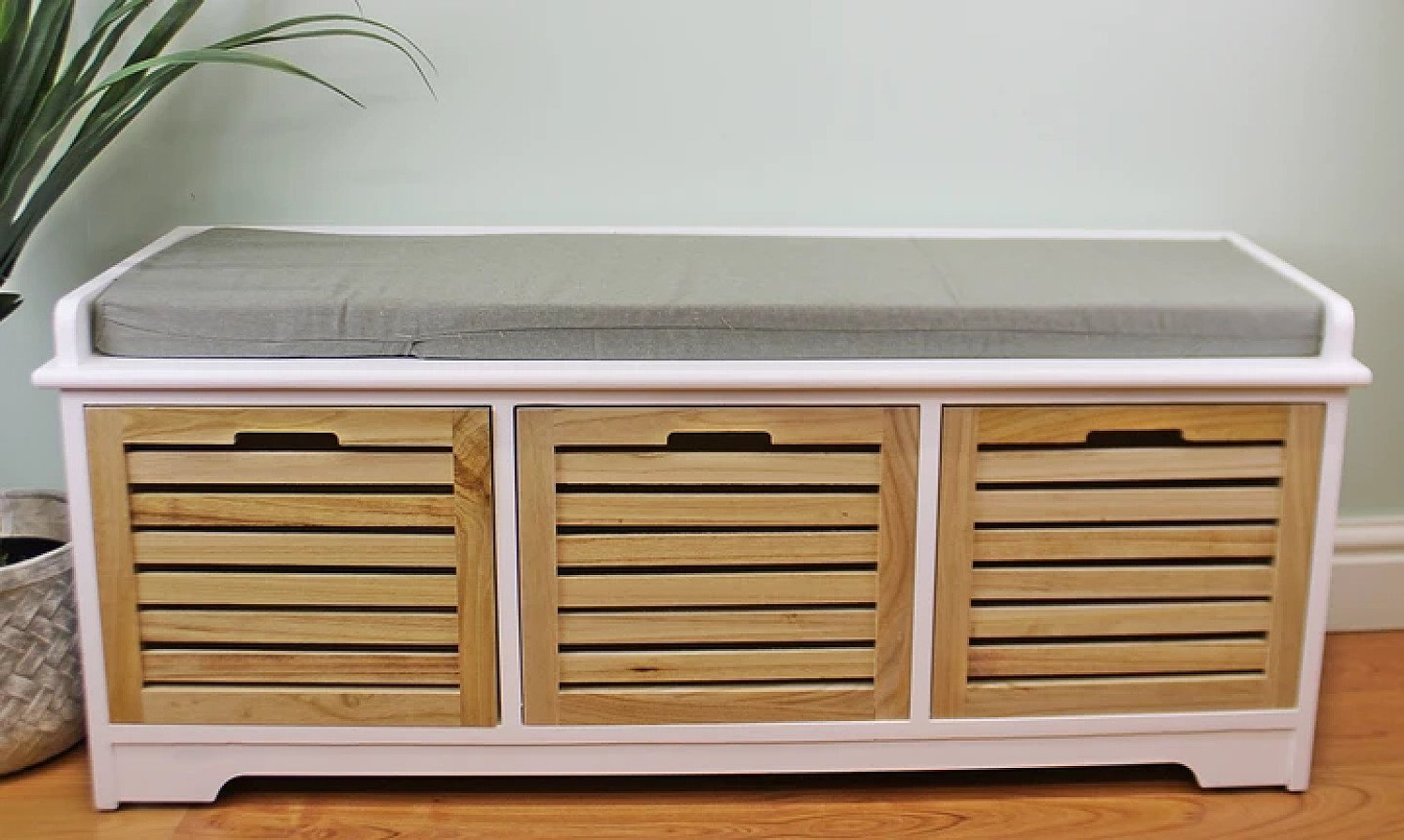 White & Natural 3 Drawer Storage Bench With Grey Cushion Free Postage
