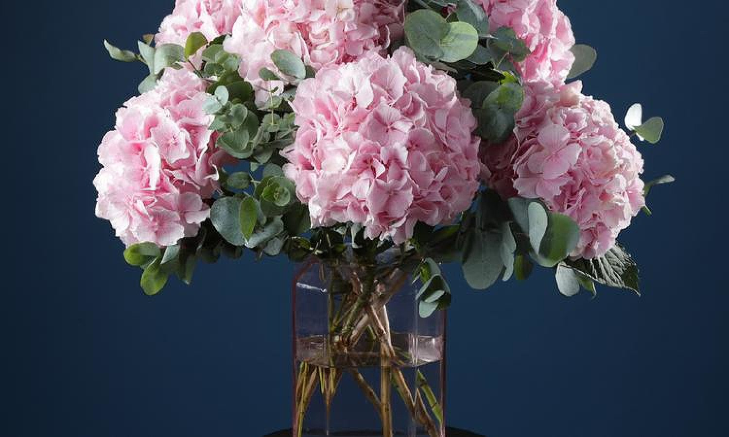 Mother's Day Gift Ideas - The gift of flowers with a 3-month floral subscription delivered weekly!