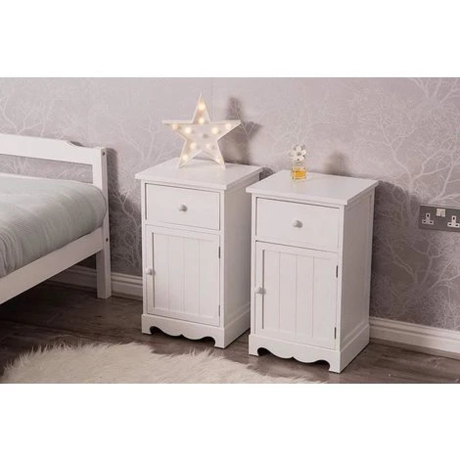 2 X Bedside Night Stand Cabinets Free Postage