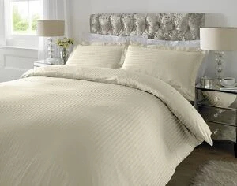 300 TC - 100% Cotton Sateen Stripe Duvet Cover Set Ivory [Super King] Free Postage