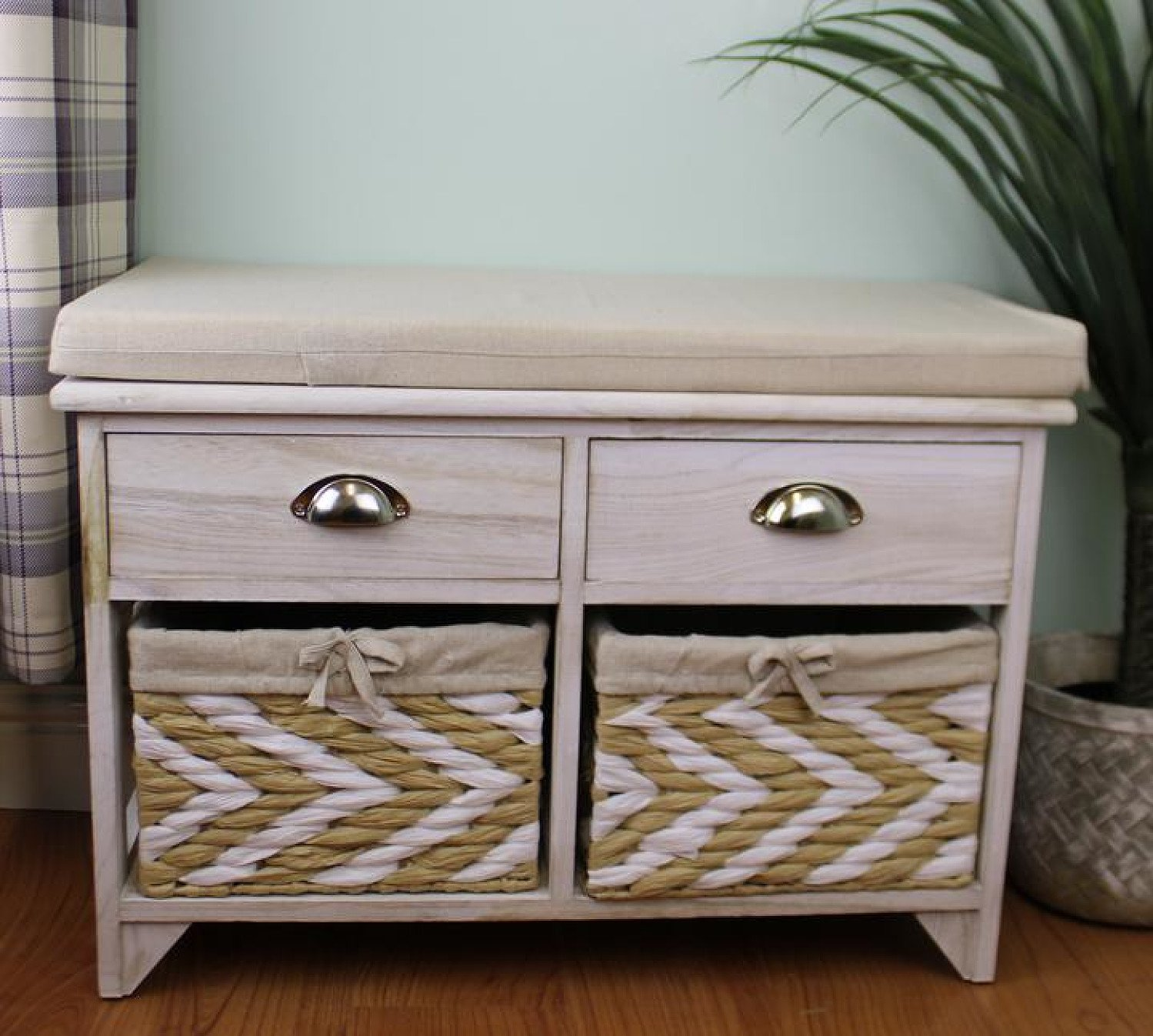 White Wooden Storage Bench With 2 Drawers & 2 Baskets Free Postage