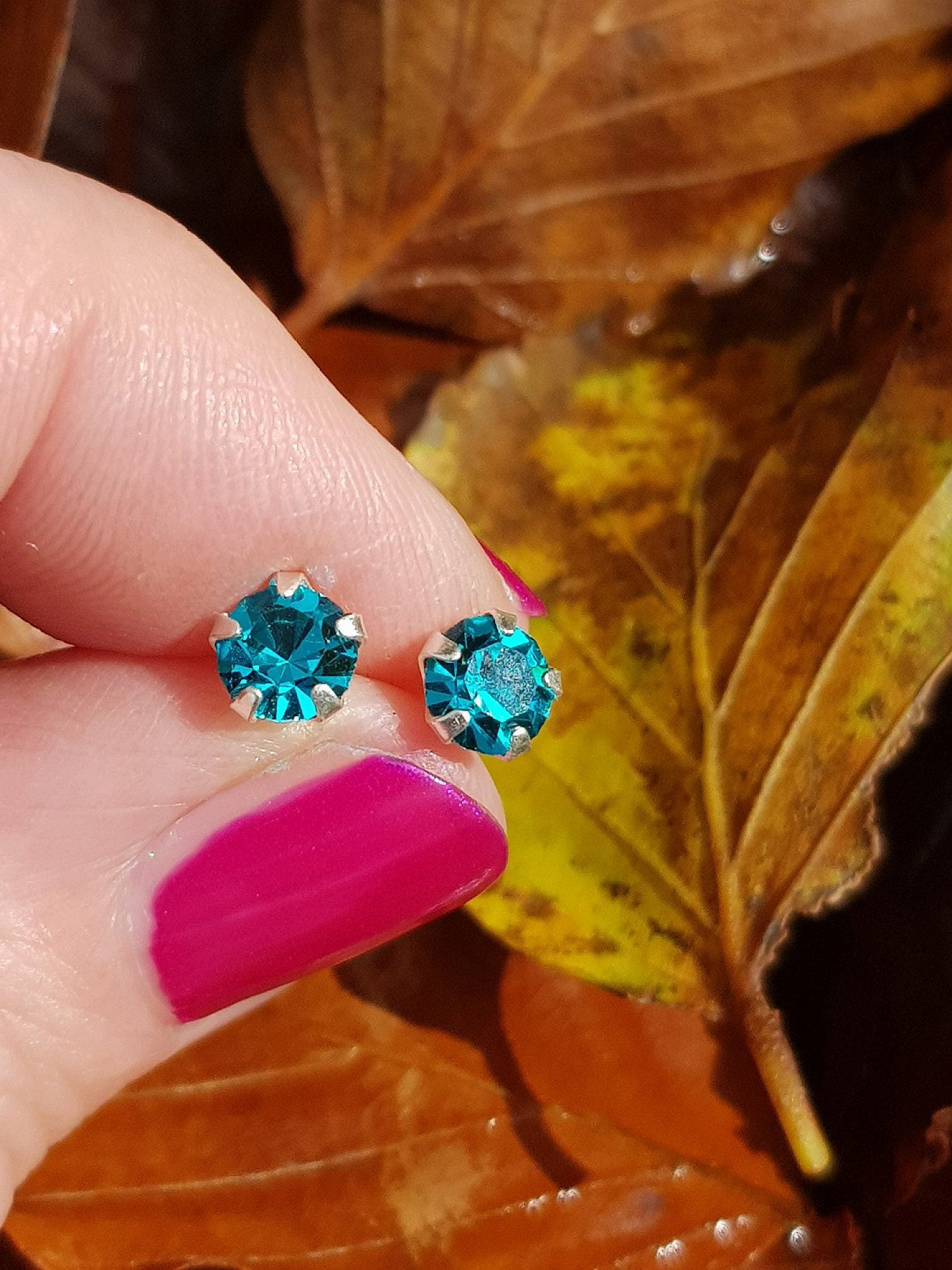Silver, round blue zircon stud earrings - 5mm - 0.45g - ONLY £6.00 - Free UK delivery