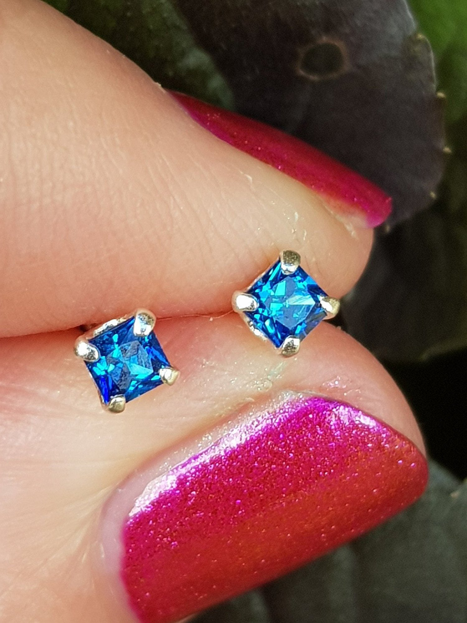 Silver, cubic zirconia medium sapphire stud earrings - 3mm - 0.35g - Only £6.25 Free UK delivery