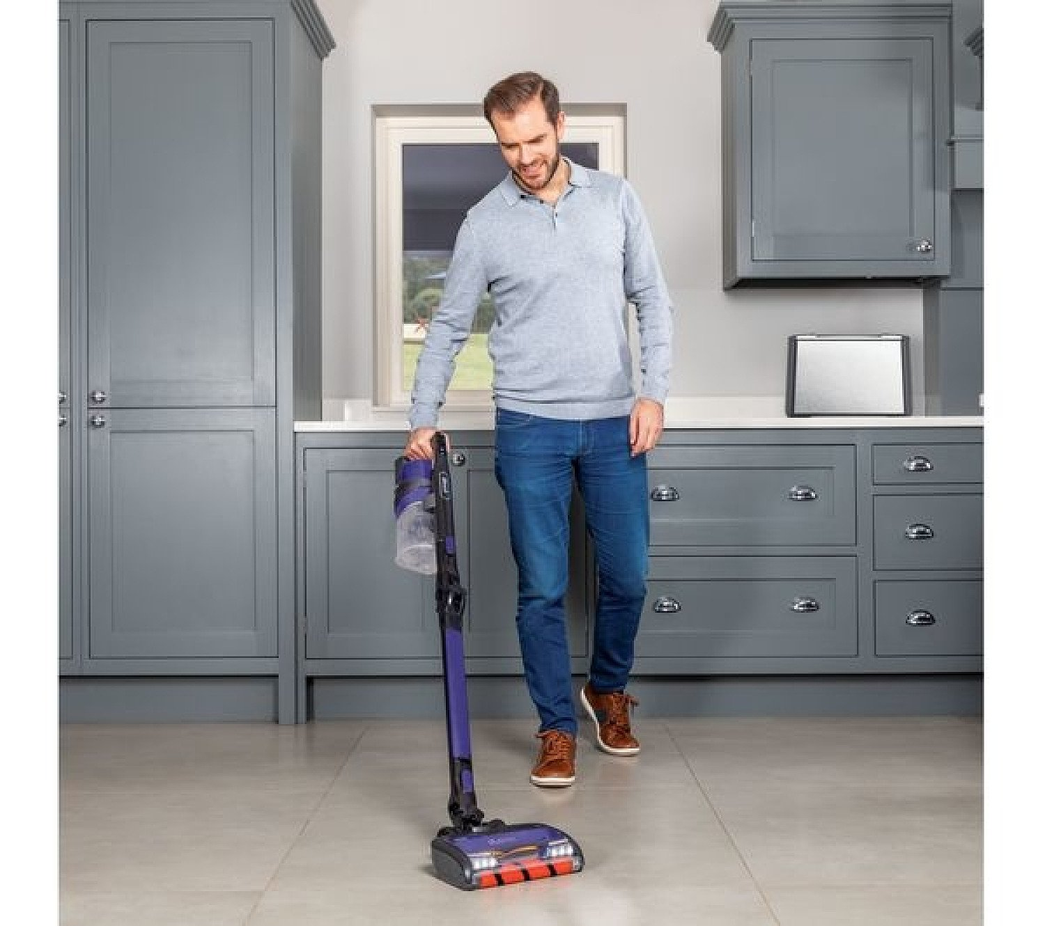 SAVE - Shark Lift-Away Upright Vacuum Cleaner NV602UK
