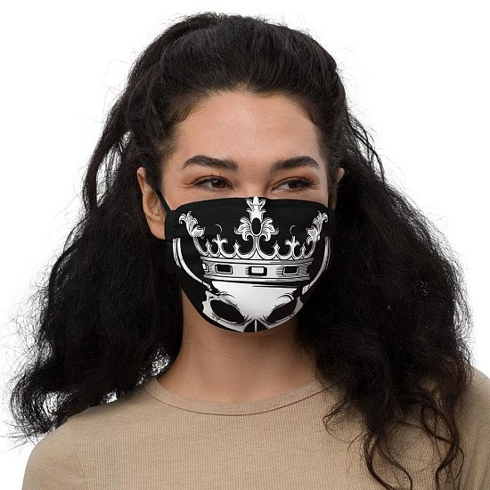 http://purple-pirate-flag.myshopify.com/ Is now selling premium Facemasks