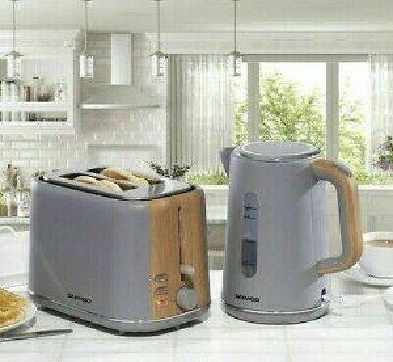Daewoo Stockholm 2 Slice Toaster & Cordless Kettle Set Matte Grey & Wood