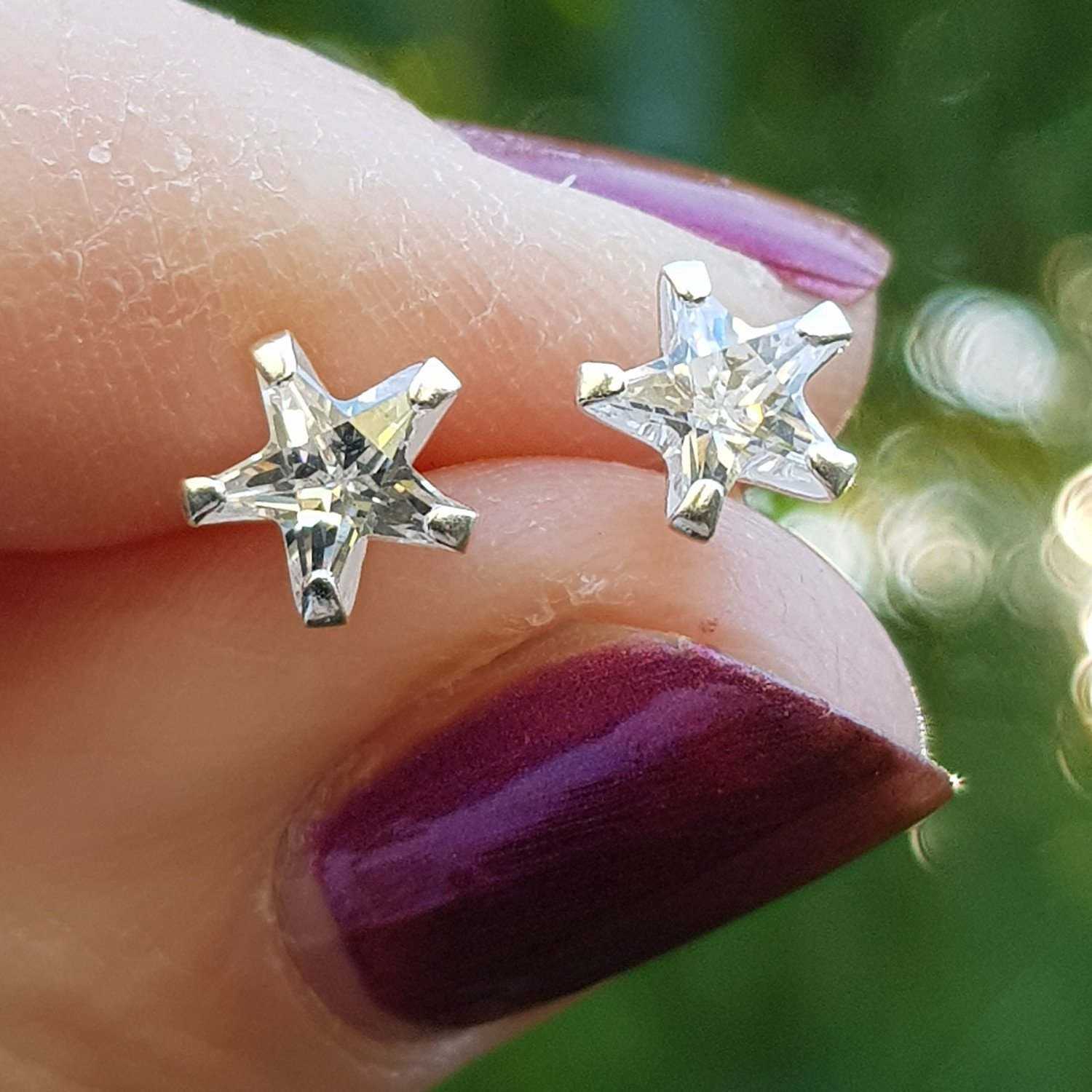 DEAL OF THE WEEK - Silver star, cubic zirconia star earrings. Were £16 - Now only £11. Free delivery