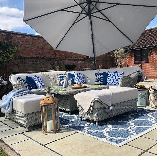 Take a look at our outdoor rugs and cushions!