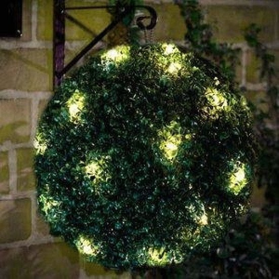 28cm Solar Topiary Ball Green x2 (free p&p)