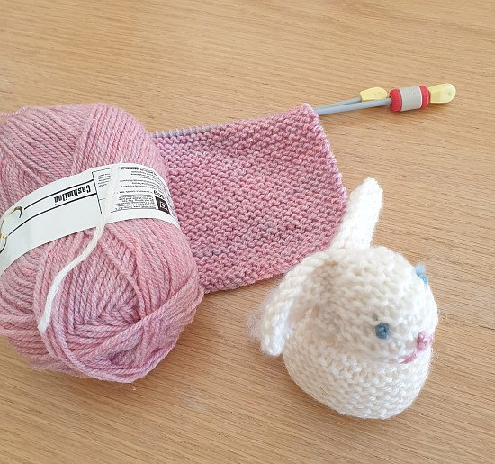 Early Bird Offer Knitting Classes and Yarn box Subscription