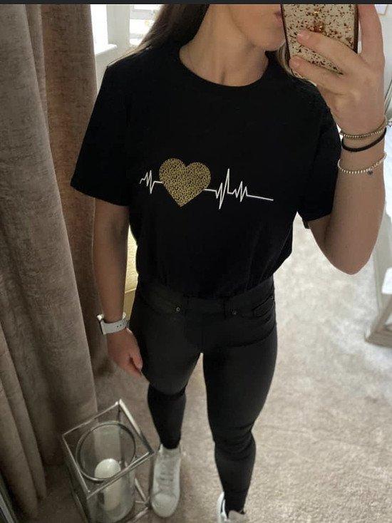 £5 100% Cotton Heartbeat T-Shirt