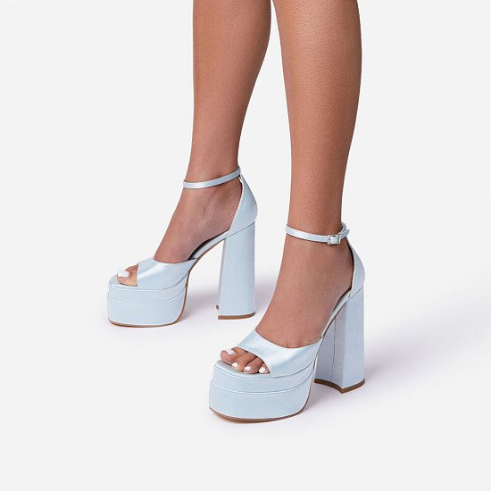 NEW! 50% Off That-Extra Peep Toe Platform Block Heel In Blue Satin