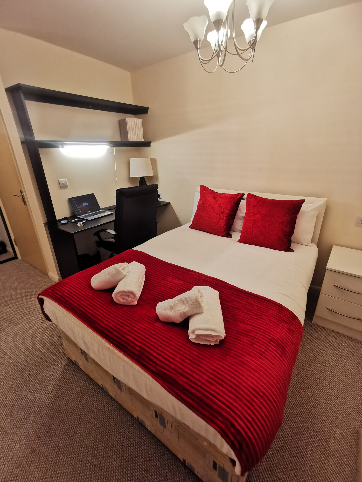 Win a week in Birmingham serviced apartments (in January 2022 sleeps up to 6)