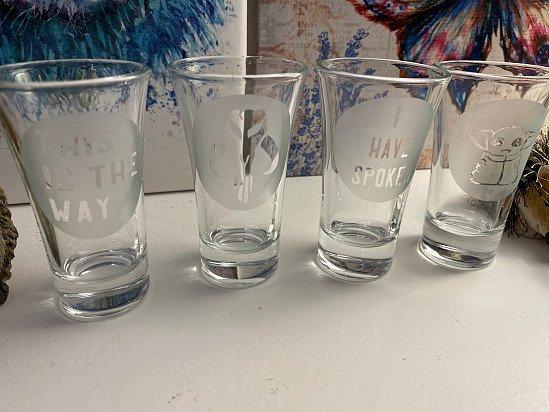 Shot glasses Hand Etched - Mandalorian x4