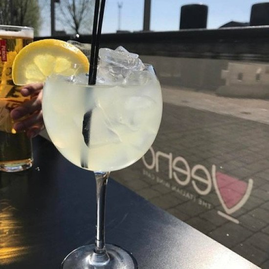 Let's pretend it's summer for a day with a Limoncello spritz!