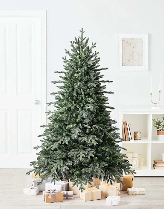 6ft Norway Spruce Artificial Christmas Tree - £115.00!