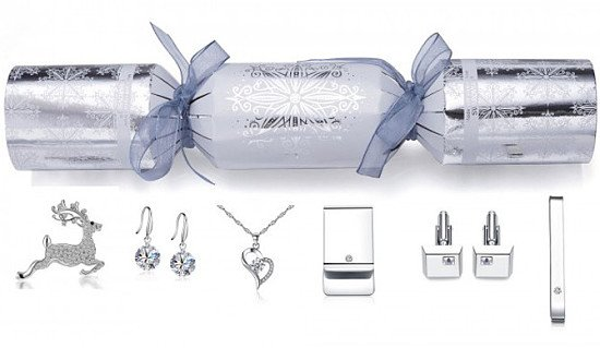 CLEARANCE - 6 Luxury Crackers (Crystals from Swarovski) £24.99 83% Discount!