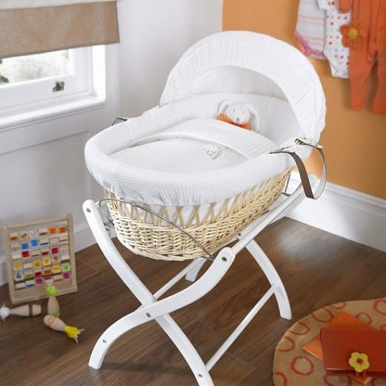 Save £50.00 - Izziwotnot White Gift Natural Wicker Moses Basket!