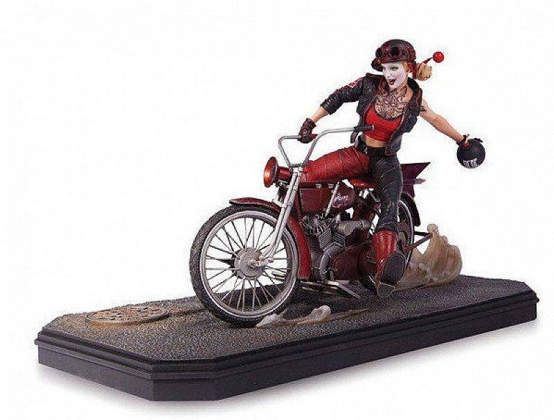 Save £190.01 on this Gotham City Garage Harley Quinn Statue