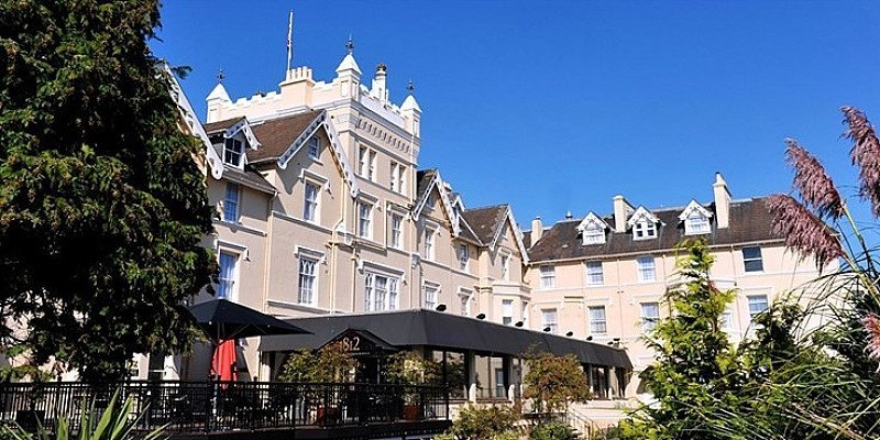 £79 – Bournemouth: Victorian mansion stay with dinner, 51% off!